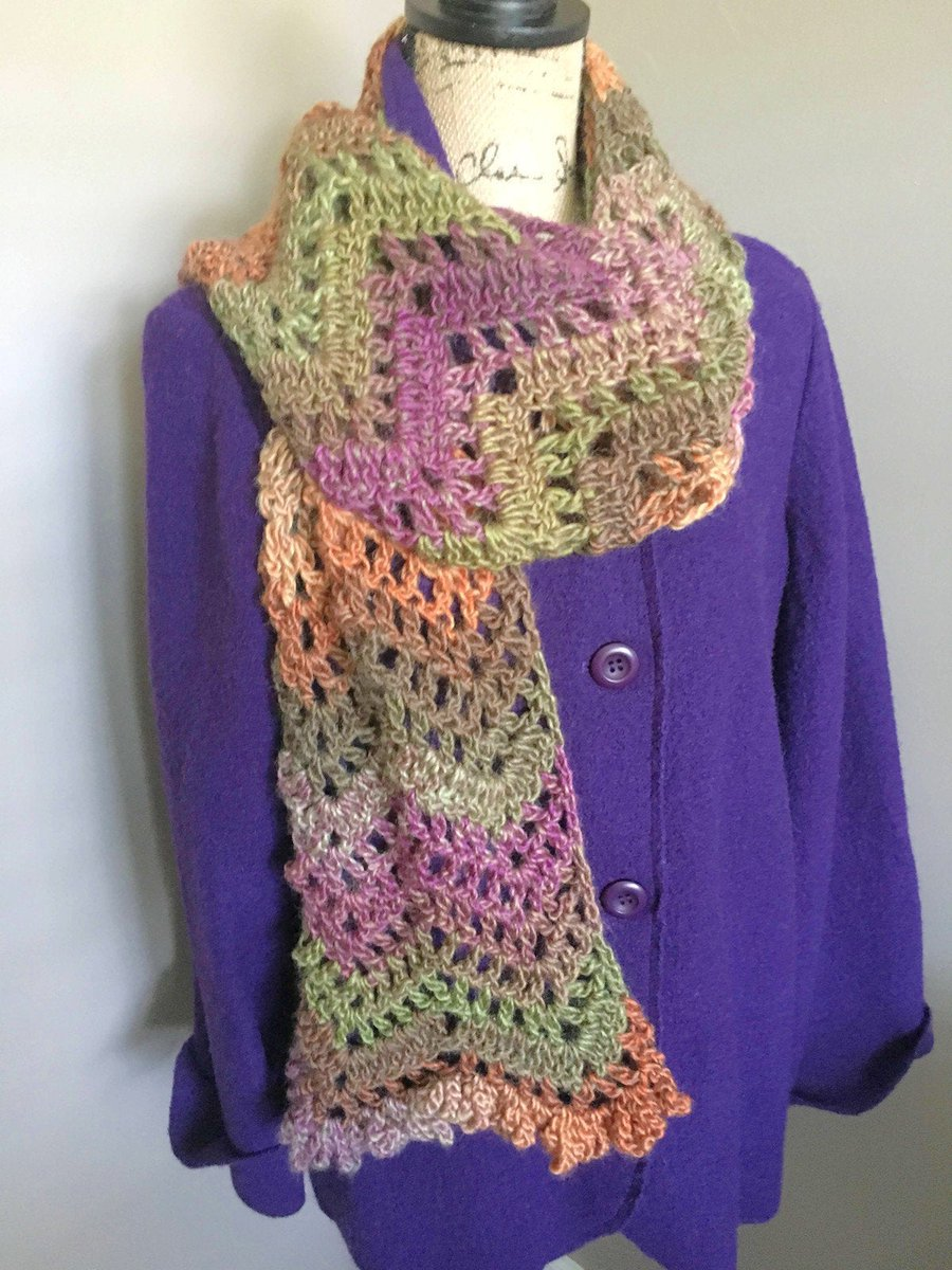 https://t.co/naYmtgt4oZ Excited to share this from my #etsy shop: Multi Color Crochet Scarf, Green Crochet Scarf,  Fringe Scarf, Gift for Her https://t.co/AseCbxeoAO #purple #rainbow #preppy #crochetscarf https://t.co/tXohxzvyFM