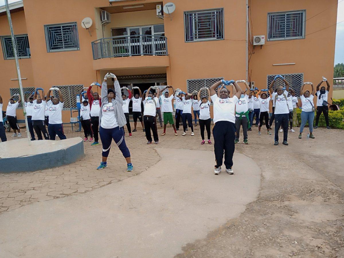Lancement des activités relatives à la commémoration du 5ième anniversaire des #ODD à la Commune de #Bertoua2 en partenariat avec @UN_Cameroon et la @communedebertoua2.  #Ecojogging #ODD13 #ODD3 #ODD6, @AllegraBaiocchi @Ndarite @JLStalon @SitiBOussein @MaweCecile https://t.co/pcNIYjlbPP