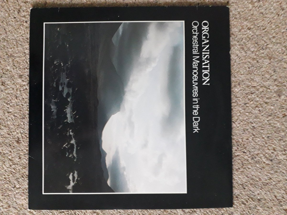 @World_Museum @tibetcurator @lauren_working @ERC_TIDE Slight breach of the rules (but if books count, can't see why records wouldn't...), my precious object is my favourite album. Picked it up 2nd hand in a now defunct record shop in Leeds that smelt of damp anoraks and boy's changing rooms. https://t.co/9jIKXMJNKb