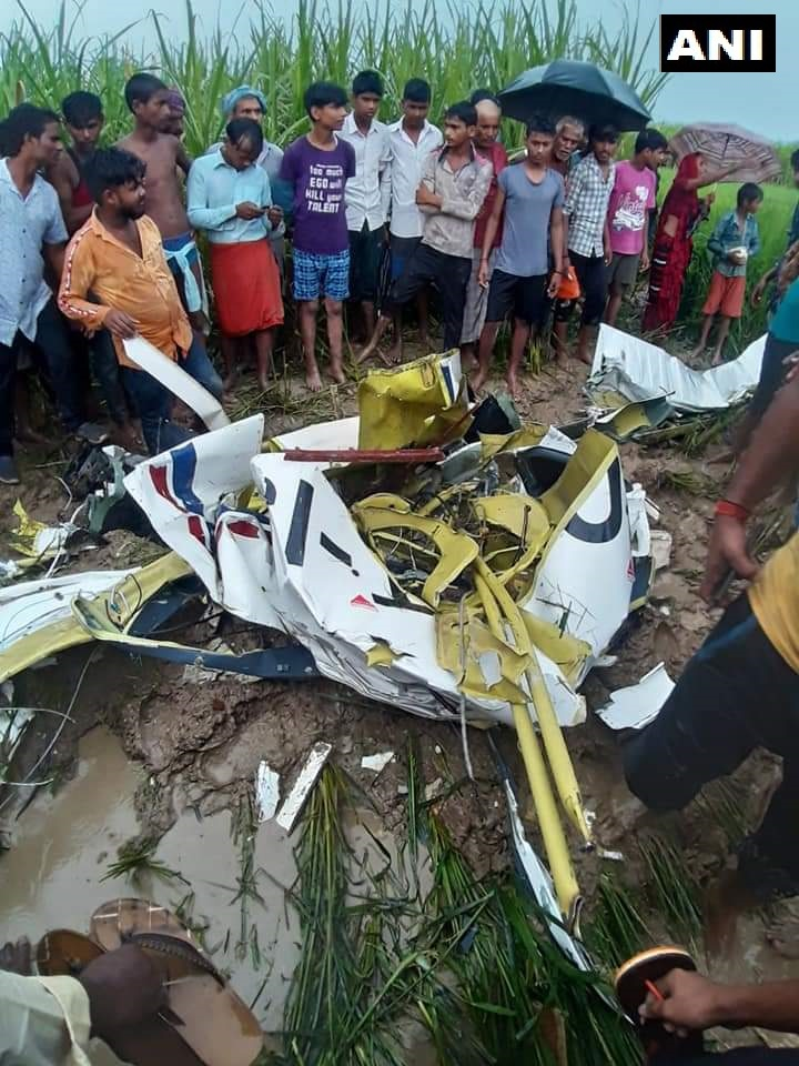 A TB 20 aircraft flown by a trainee pilot from the Indira Gandhi Rashtriya Uran Akademi (IGRUA), crashed today in the Azamgarh district. The pilot died in the accident.