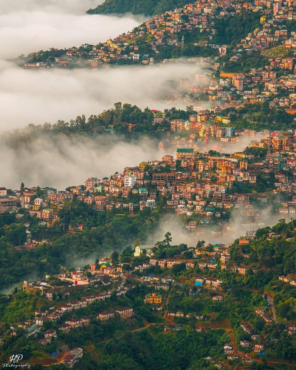 September morning scene of Aizawl city, Mizoram, India 📷 @hp_photography_2102 . . . #aizawl #landscape #morning #zingkar #hilly #hill #mountain #landscape #city #zawlkhawpui #cloud #beautiful #cityscape #monsoonseason…  📸 https://t.co/SgvgmobVZv via https://t.co/w819Jm6acn https://t.co/pVSFBZA5n9