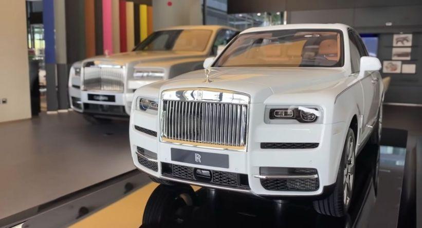 أغلى نموذج مصغر في العالم هو لسيارة رولز رويس كالينان زوروا موقعنا لمزيد من المعلومات https://t.co/9AbC6OyW6m #أخبار_السيارات #سعودي_ٱوتو #سيارات https://t.co/SnyhXG8YhQ