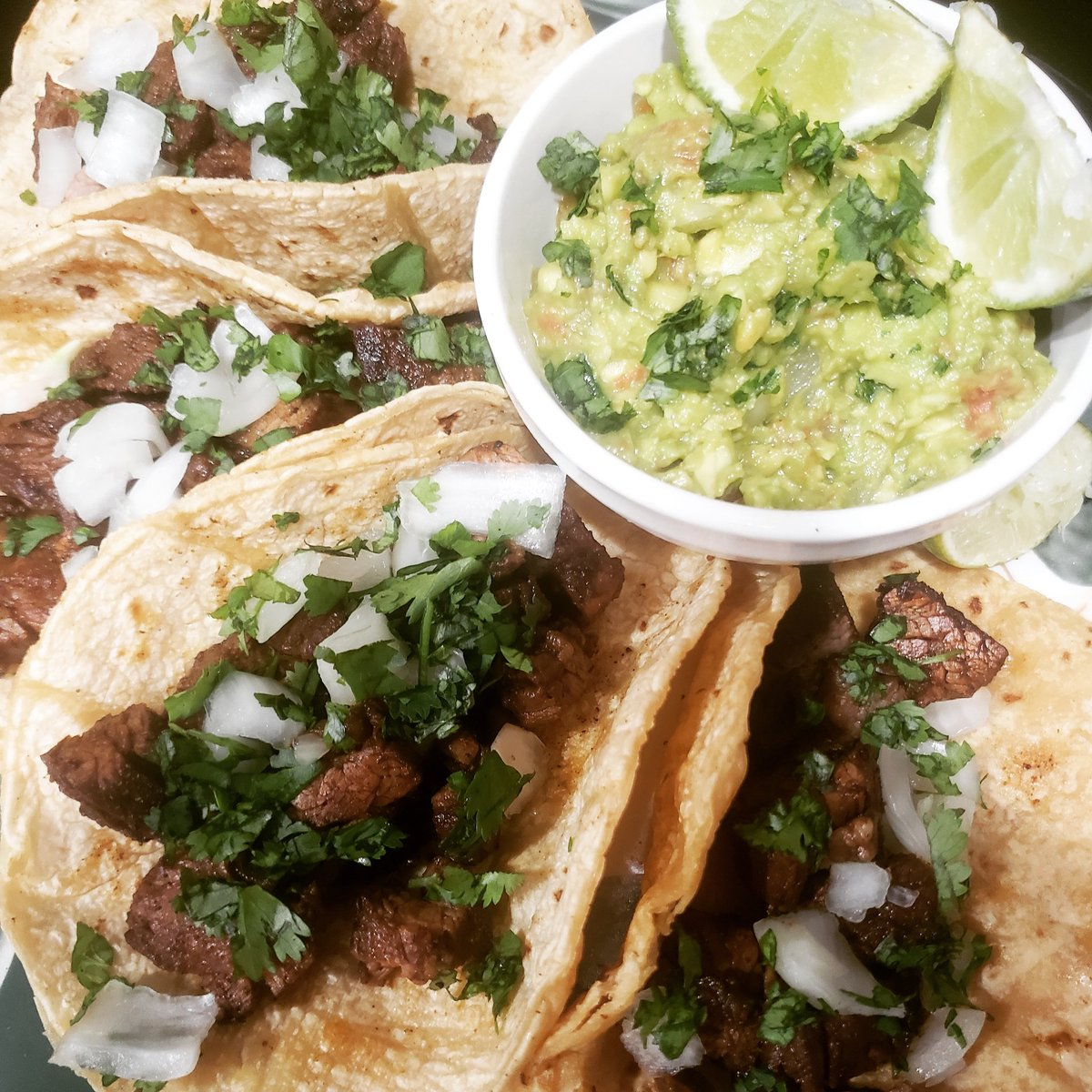 Easy street tacos recipe video is up. Please check this out and don't forget to subscribe to my channel 😃 https://t.co/8K3UWo2EEI  #tacos #taco #beeftacos #mexican #subforsub #youtube #texmexfood #texmex #food #mexixancuisine #TacoTuesday #besttacos #bts #blackpinkh #foodie https://t.co/RkfKqZUDoj