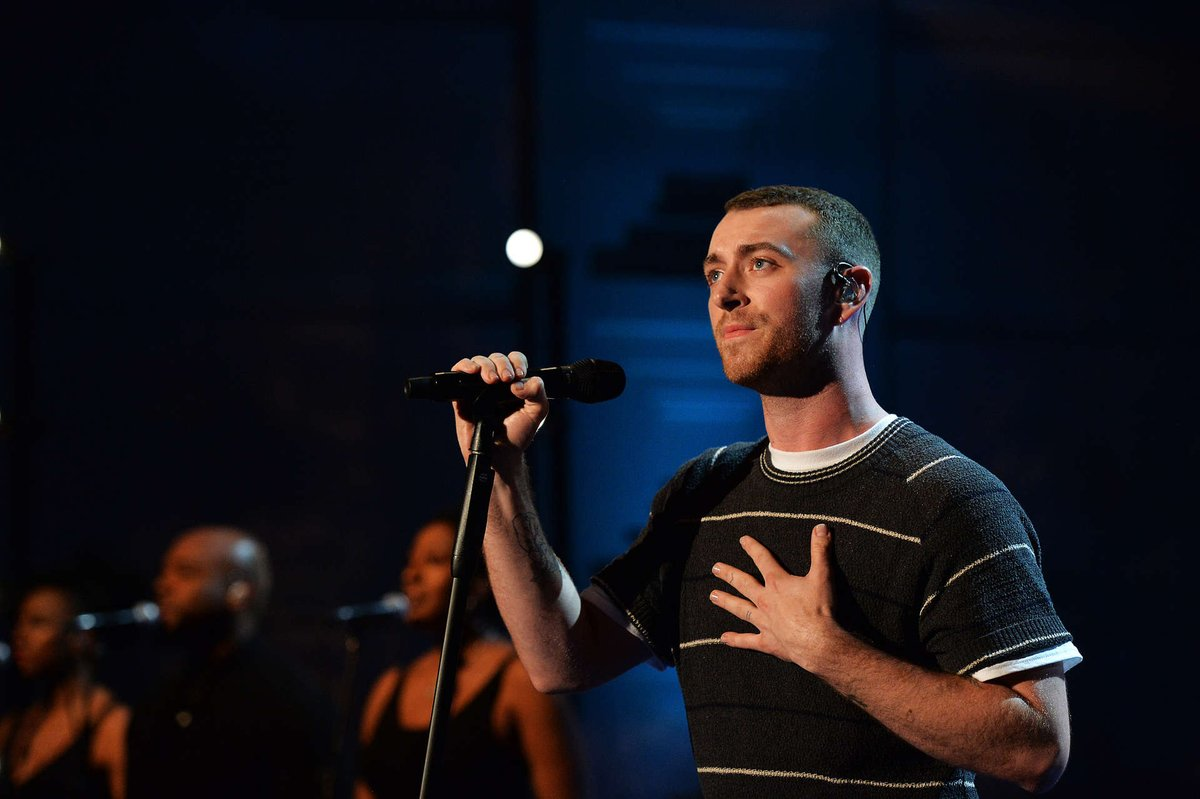 You can hear @samsmith's stunning 2017 Live Lounge all over again at 12pm today 💞  Make sure you're listening to @claraamfo on Radio 1 and @BBCSounds ✨ https://t.co/v934ZCCVNd