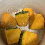 ○○だけでこんなに美味しいなんて!カボチャの煮物が超簡単に作れる!