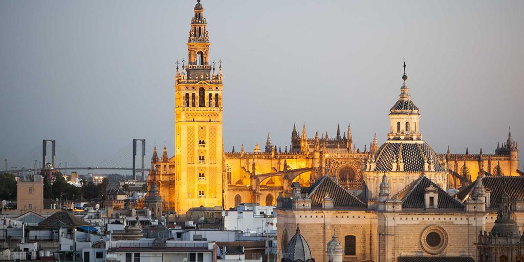 🌄🌅🏷️Escápate por #Andalucía hasta el 31 de mayo con el bono turístico y recibirás hasta un 25 % de descuento desde tres noches de estancia.   ¿Cómo? En ➡️ https://t.co/2eHioUq0sK  ✔️Selecciona la actividad  ✔️Apartamento, hotel, casa rural...  ✔️Agencia de viaje    #turismo https://t.co/kPrrBdVfoE