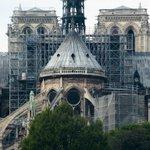 Image for the Tweet beginning: Así se reconstruye Notre Dame.