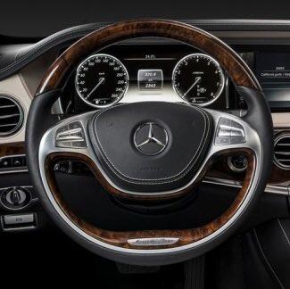 #MercedesBenz have just brought out the #lewishamilton  portrait edition https://t.co/eV8VqA1okp