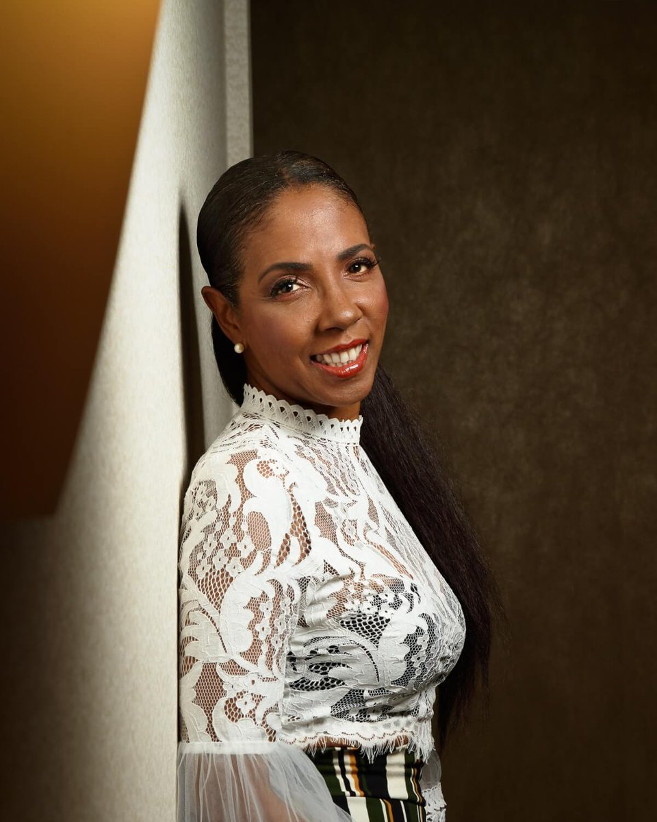 #NowPlaying Last week @greggtilston and I chatted with @TheHoneyJam founder + producer Ebonnie Rowe about their 25th anniversary, music, the influence of her mother and Malcolm X.   https://t.co/3sOImq3Tca  https://t.co/32SQo9Ohz2  #music #podcast https://t.co/oiNTHEuJsA