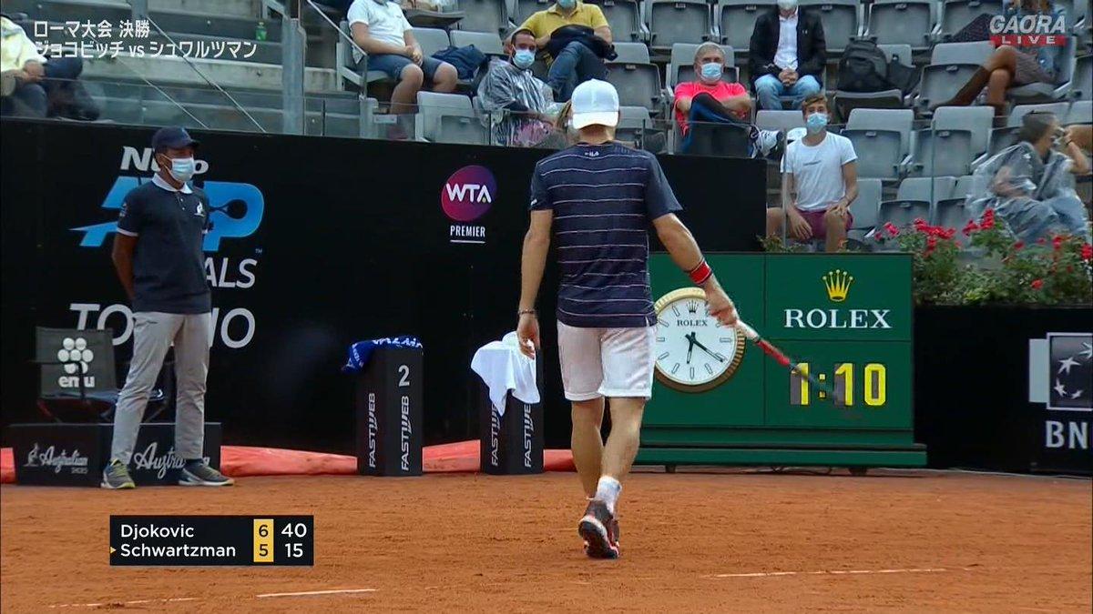 第1セットジョコビッチ 7-5  🇷🇸ジョコビッチ vs シュワルツマン🇦🇷 BNLイタリア国際 ATP Masters 1000 決勝🎾 https://t.co/cZGjyFntuG