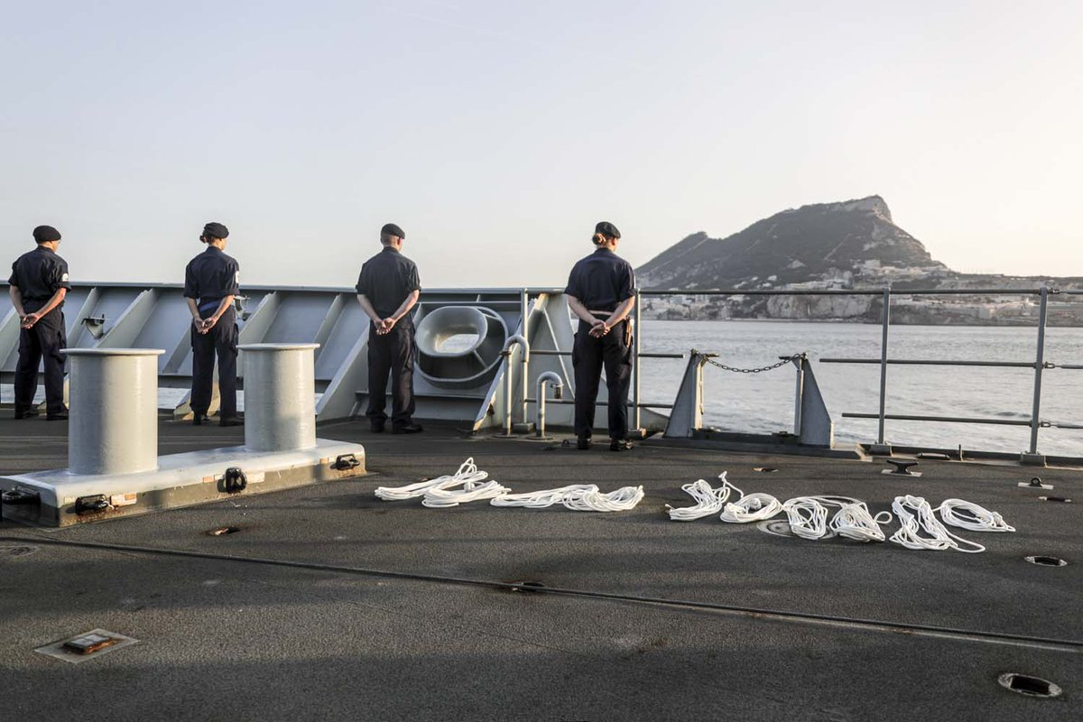Six days after leaving home waters @hms_albion and her task group have arrived in #Gibraltar. @HMSDragon #RFALymeBay #HMSAlbion #TaskGroup 📎Find out more: ow.ly/tkWg50BwQdY