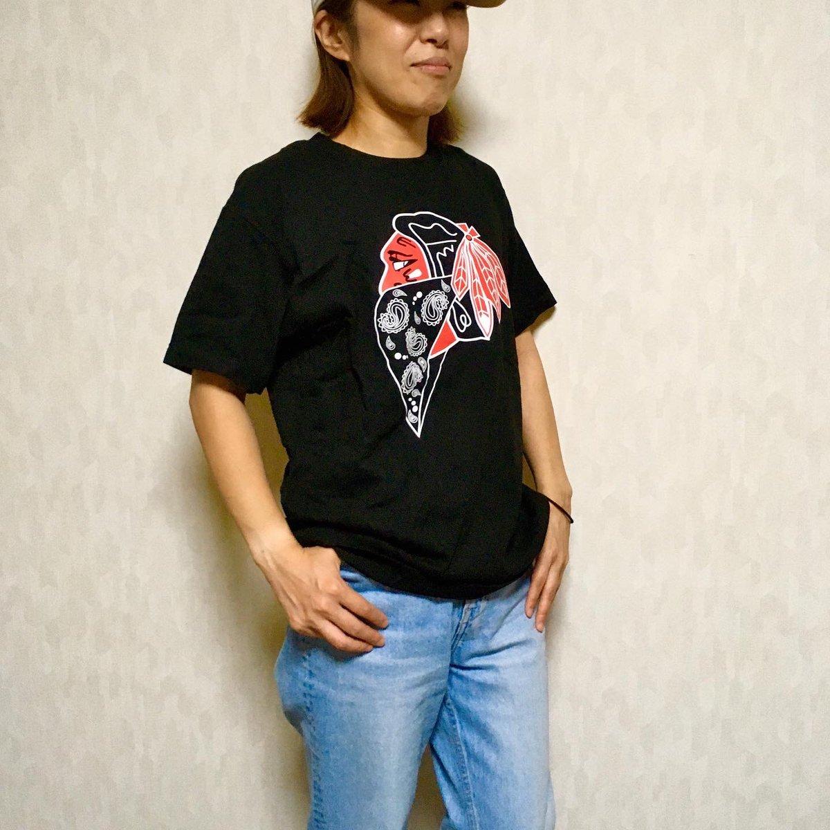 身長163cm/体重46kg/サイズMを着用 【PRICE】 ¥3,000(送料無料) 【COMMENT】 超人気NHLチームのギャングスタパロディTEEを女性スタッフが着用してみました。 https://t.co/WtKwGAsgYf  #ヒップホップファッション #B系 #hiphop #ストリート系 #Tシャツ #TEE #半袖  #NHL #ブラックホークス #ホッケー https://t.co/CCINuoI8JA