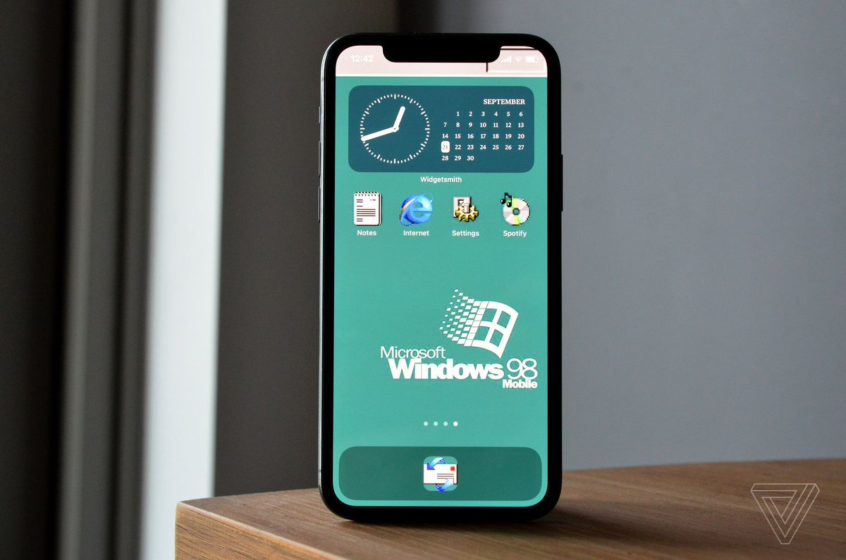 How to customize your iPhone's home screen with widgets and app icons
