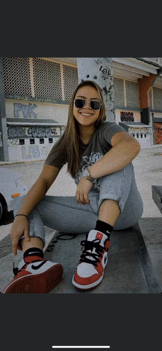 Mi hermanita Rosimar Rodríguez Gómez aún no aparece 🙏🏼🥺😭 vestía esta misma ropa el día que se la llevaron a la fuerza! Por favor COMPARTAN ‼️‼️ https://t.co/PQjb5RWgdq