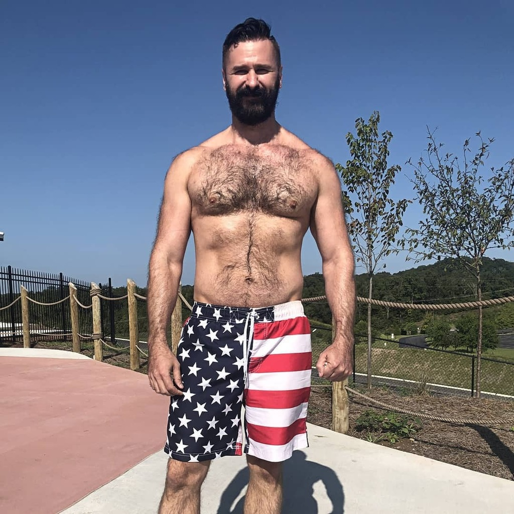 Last Days Of Warm Weather 😭 #outdoors #outside #swim #swimming #summer #fall #autumn #warm #cold #bearded #beardsofinstagram #beard #bear #dad #dadbod #daddy #hairychest #hairy #chest #active #sunny #sunshine #weekend #sunday #sundayfunday https://t.co/n5tANceEaV https://t.co/rOGeL5fult