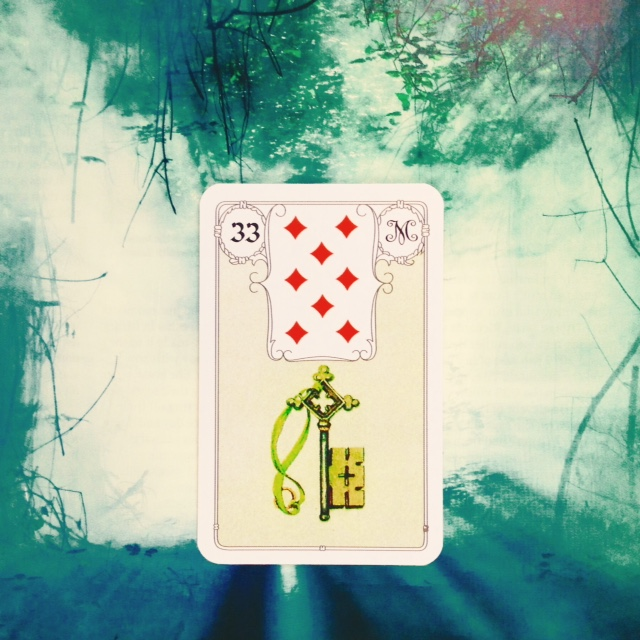 Something very #important is about to happen #Trust #Decisions will become easier; #answers clearer; #relationships happier  #Key #Lenormand #MlleLenormand #cartomancy #oraclecard #oracle #diviner #dowser #divining #dowsing https://t.co/XlEhX2roaw