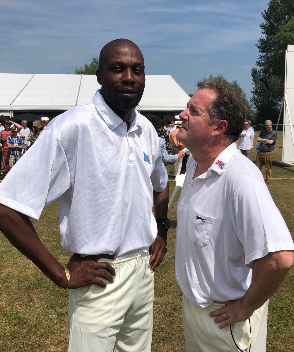 Happy Birthday to another West Indian cricketing great @ambrose_curtly. I tried pulling a Steve Waugh on him - but he didnt even notice.