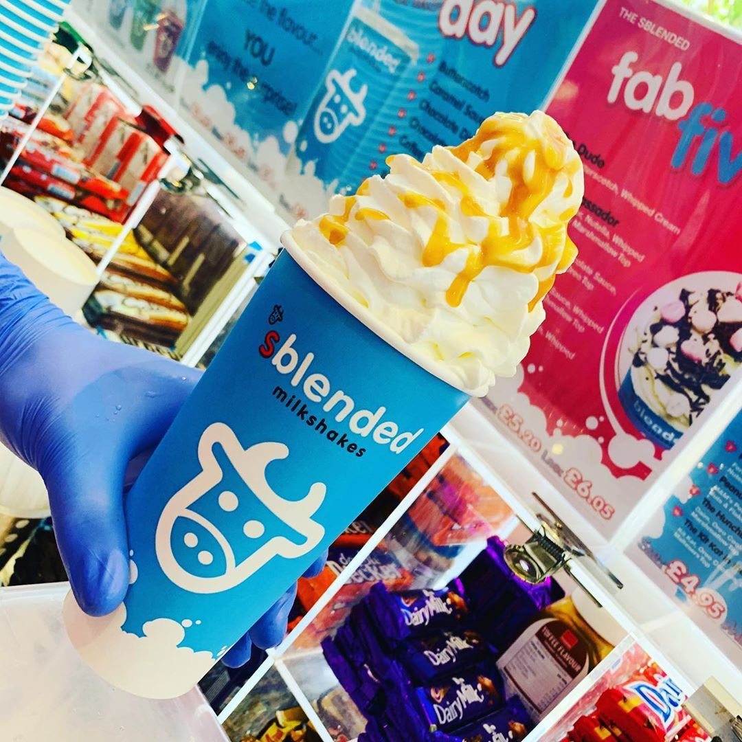 @sblendedkt1  Make it a Monday Funday...  . . . #sblendedkingston #sblended #sblendedmilkshakes #sblendedkt1 #sblendedmilkshake #kingstonuponthames #shoplocalindependent #shoplocal #milkshakes #shake #mondaymood☀️ #whippedcream https://t.co/wy9Cfuguud