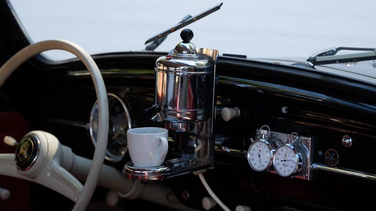 It was 1959 and Volkswagen offered the Hertella Auto Kaffeemachine, an optional coffee maker in the VW Beetle. https://t.co/hx6gzuK6OR