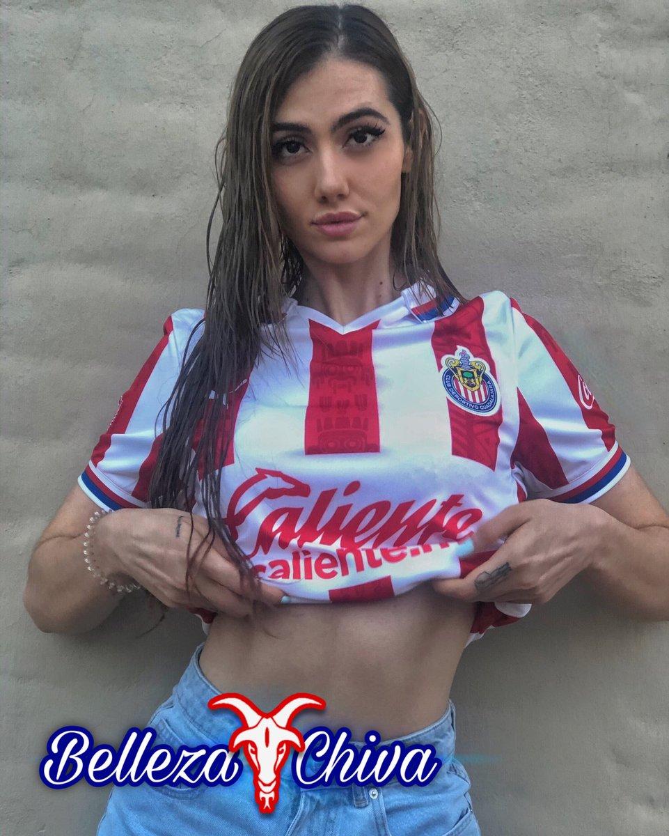 Las más Bellas son las de Chivas!!! 😍🇦🇹🐐  #BellezaChiva #Gdl #Guadalajara #Chivas  #Chica #Hermosa #Belleza #ClubDeportivoGuadalajara https://t.co/eMu7tZpwGD