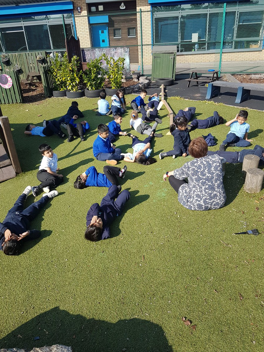 Relaxing in the sun and using our senses to become aware of our surroundings; we spotted a bird,  heard an aeroplane and two motor bikes!!! #sun #spotting and #senses https://t.co/Yy4nvgie23