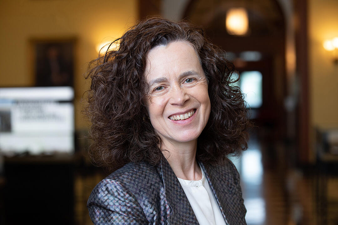 Join us Thurs., 10/1, 6pm, for a Free lecture & book talk from Professor Rebecca Henderson @RebeccaReCap, @HarvardHBS, for the release of her book Reimagining Capitalism (@HachetteUS / @public_affairs), presented in collaboration with @GreenHarvard. https://t.co/5FpeEgkKki https://t.co/8UPG2AF06J