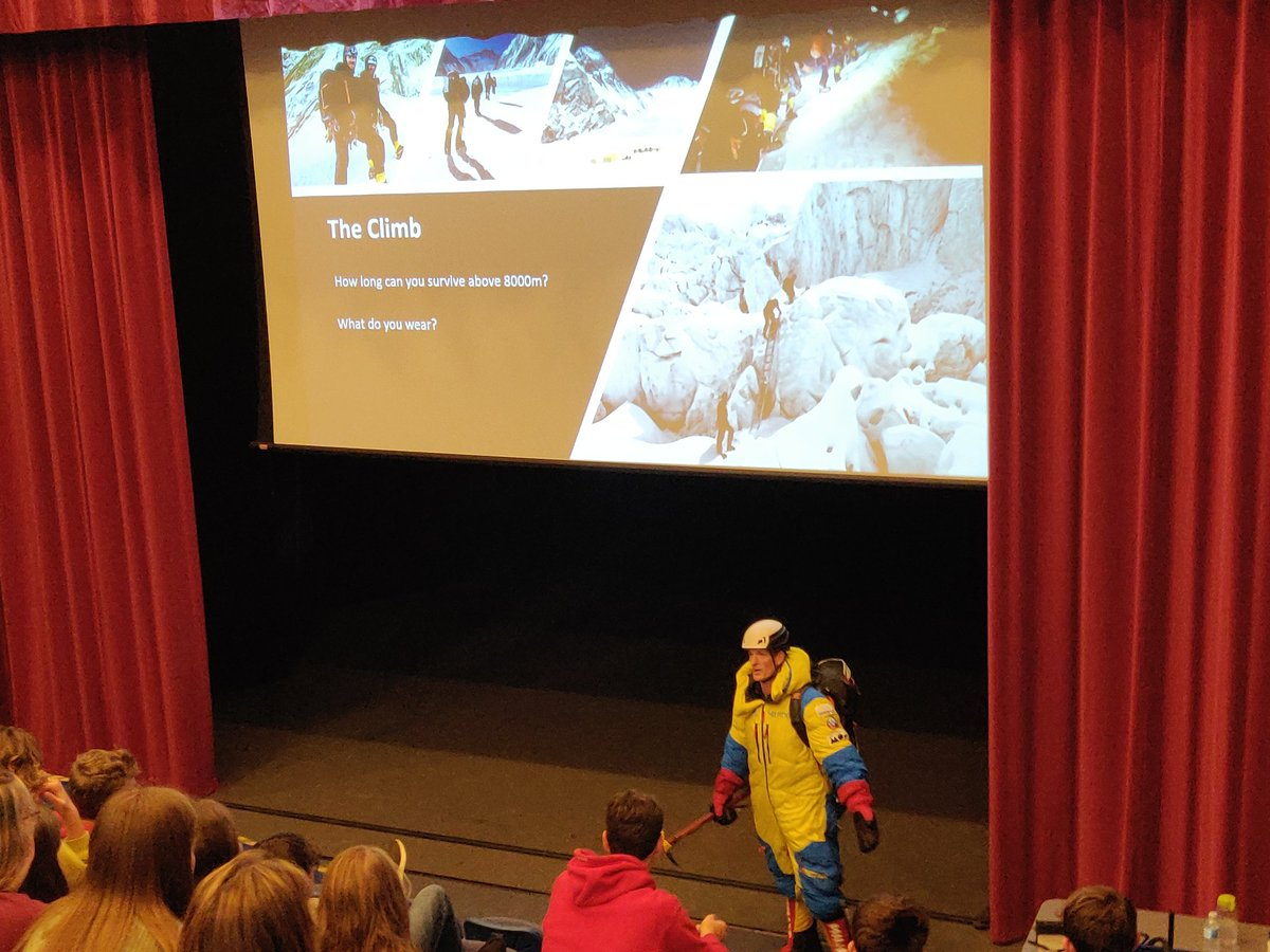 Huge thanks to @OldBrutonians Tom Heal for an inspiring talk on his climb to the summit of Mount #Everest . A fascinating insight into the challenges faced, and how he kept going in spite of these to achieve his goal. @KingsBruton https://t.co/D4D15yub3i
