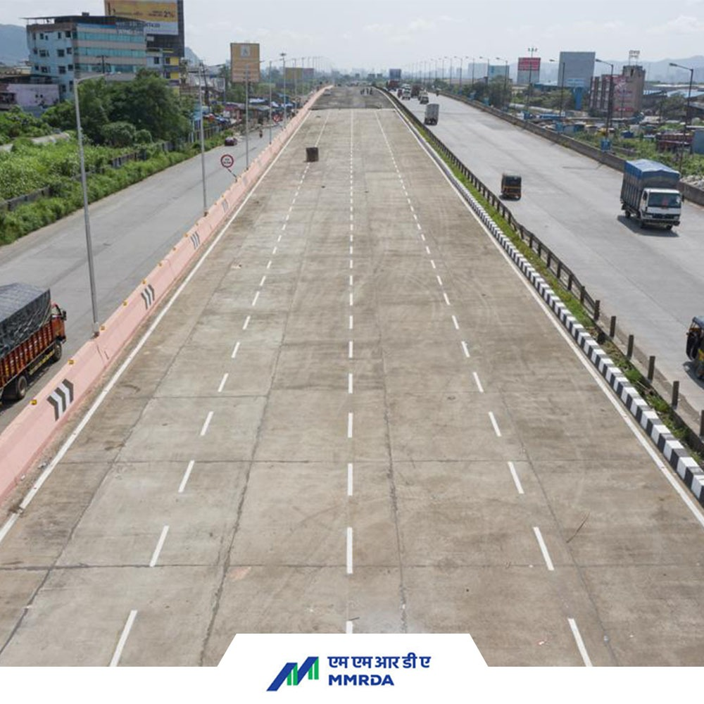 #MMRDAUpdate  Today, the right half with four lanes of the Mankholi flyover on Nashik Highway (onwards Thane) was opened to traffic by Hon. Chief Minister @OfficeofUT & Hon. Minister of Urban Development @mieknathshinde.  (1) https://t.co/RqgMzIWGAI