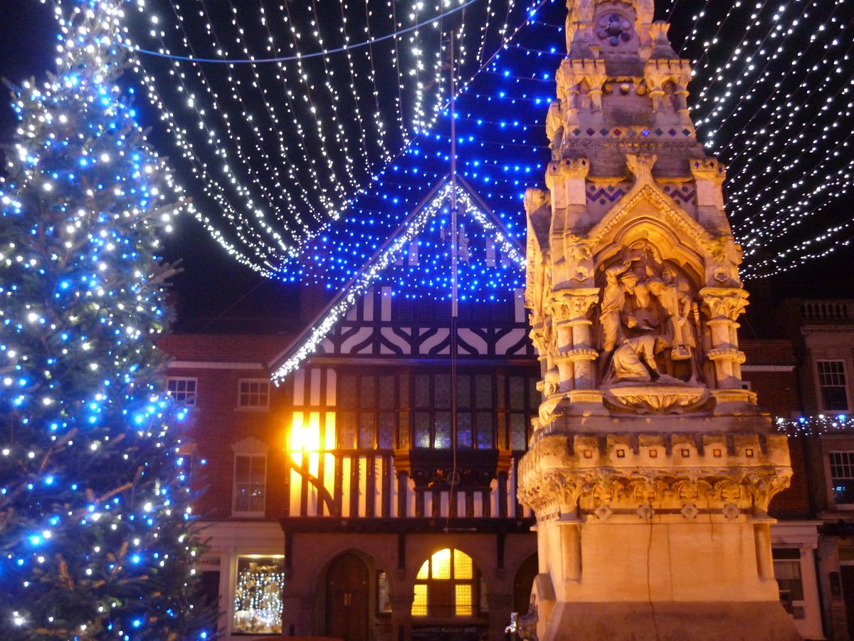 The @swtic #SaffronWalden Christmas card is now on sale! Read all about it here: https://t.co/AibFHZwqVg https://t.co/549R7RmKsh