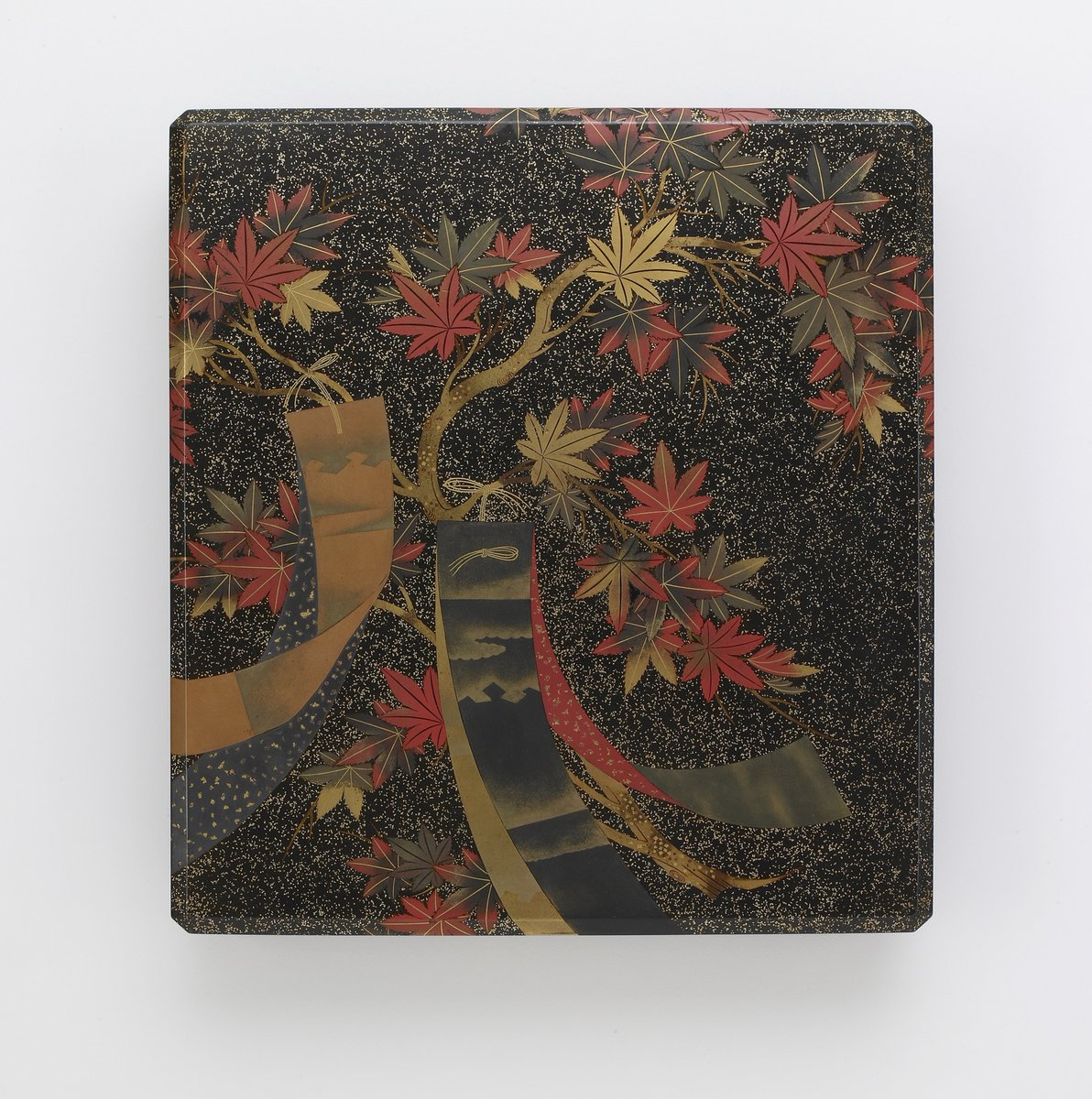The maple symbolizes strength, power, change, and protection.  Be inspired by the maple in practicing #SelfCare.🍁 #Meditation & #Mindfulness, 12:15 pm EDT: https://t.co/OHkyPDEM6y  Box for writing instruments (suzuribako) in our #JapaneseArt collection: https://t.co/3djtpQHpic https://t.co/cVARG10Rg3