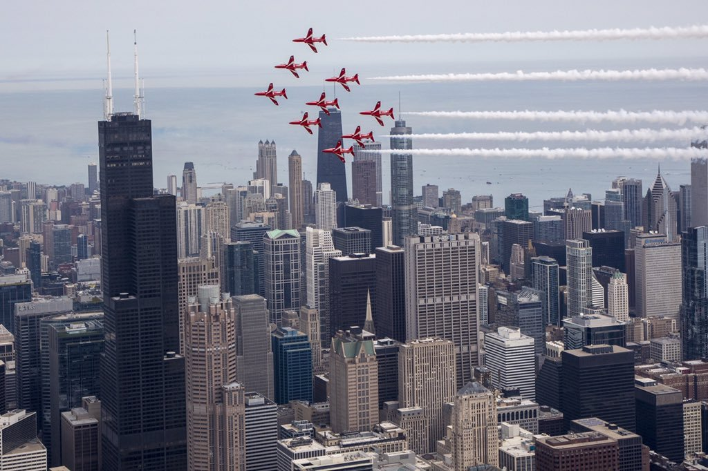 🎂 Happy 9th birthday to the @GREATBritain campaign! Nearly a decade supporting 🇺🇸🇬🇧 trade, LGBT equality at 🏳️🌈 Pride, and even the tour that flew the @RAFRedArrows from Chicago to Mount Rushmore!  We can't wait to see what's next. https://t.co/DNWmdkVGVB