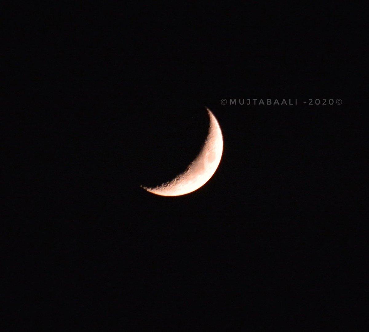 The moon is the reflection of your heart and moonlight is the twinkle of your love.#today #moonphotography🌙📷 @aboali_syed @kumailansari  @SakeenaSyedaa @shujaat98 @shahriyarsyed1 @PressTV @AP @AgaHussaini @SyedAbidShah @tanvirsadiq @GreaterKashmir @ETTravelNews @TravelMagazine https://t.co/I2QOcLr4dx