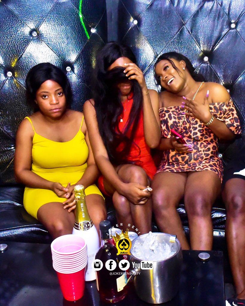 Much fun 🎤🎤 It feels right @jokerbenincity   •••••• For updates•• Visit @jokerbenincity No 1 Godwin Abbey Way Limit Road Off Warri Sapele Road Benin City  #nigerian #edostate #benincity #love #instagood #photooftheday #fashion #beautiful #happy #cute #tbt #like4like https://t.co/RIFwJ8fRzw