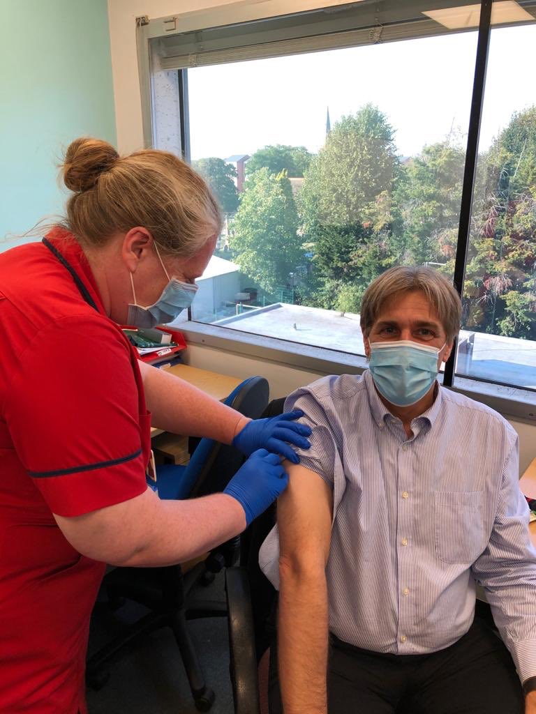 Vaccinations continue at pace with @TheRogerChinn next in line @WestMidHospital #gotmyjab https://t.co/PNU6M9R8mO
