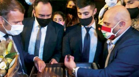 Elie Joseph Tohme waited around four hours for the #French President Emmanuel #Macron to present him with his gift, a custom-made ornate #backgammon board with the president's name ingrained on it. https://t.co/n6oqXMNkh7 #France #Lebanon https://t.co/7PwjQ4Oa3K