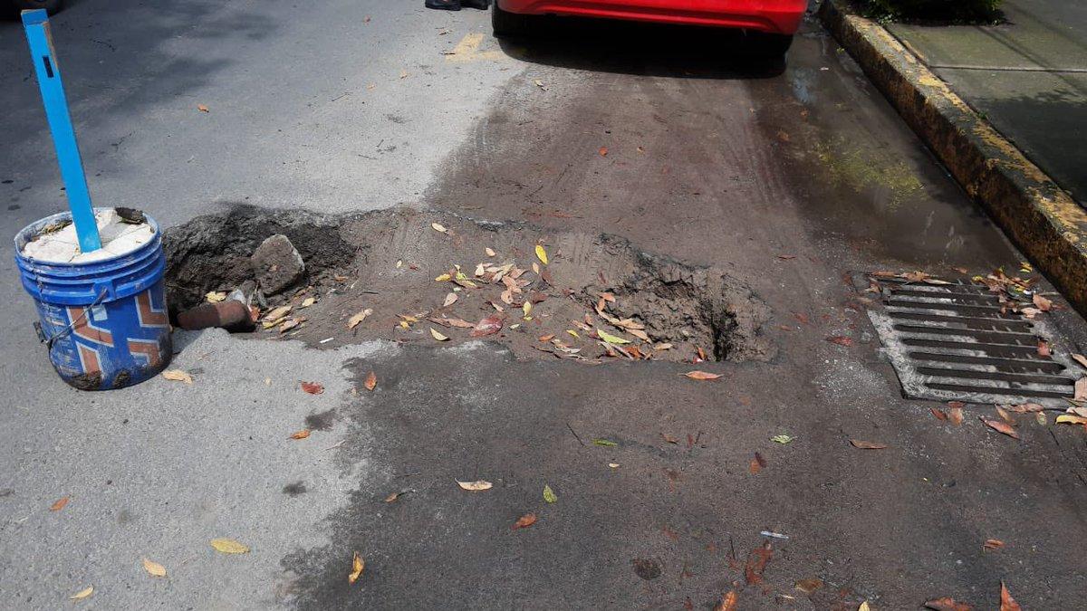 @Alcaldia_Coy @GobCDMX @SOBSECDMX bache en Calzada de la virgen # 72, Colonia Avante, entre Miramontes y Tlalpan! Urge reparación por favor. @manuelnegretea @supercivicosmx