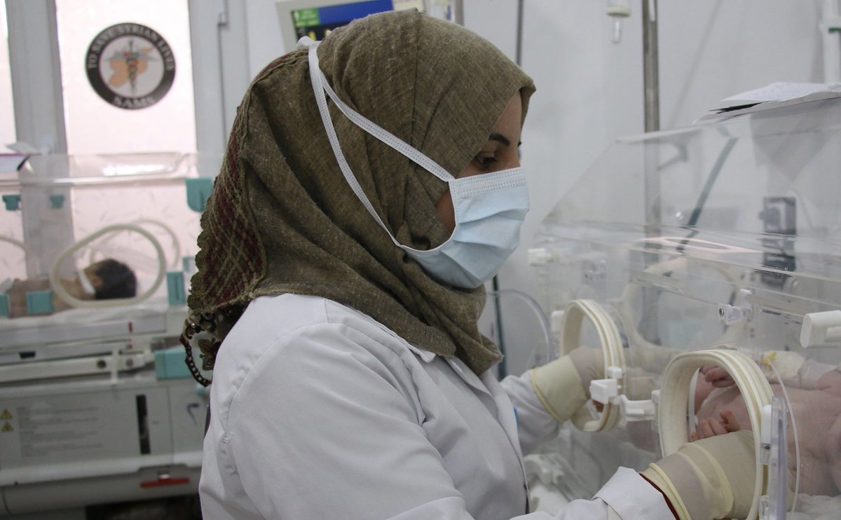 In northwest #Syria nearly one third of confirmed #COVID19 cases are health care workers  This is an alarmingly high rate, particularly when there's already a severe shortage of health professionals in Idlib & northern Aleppo. We must do all we can to protect these health workers https://t.co/FJaoFgm06W