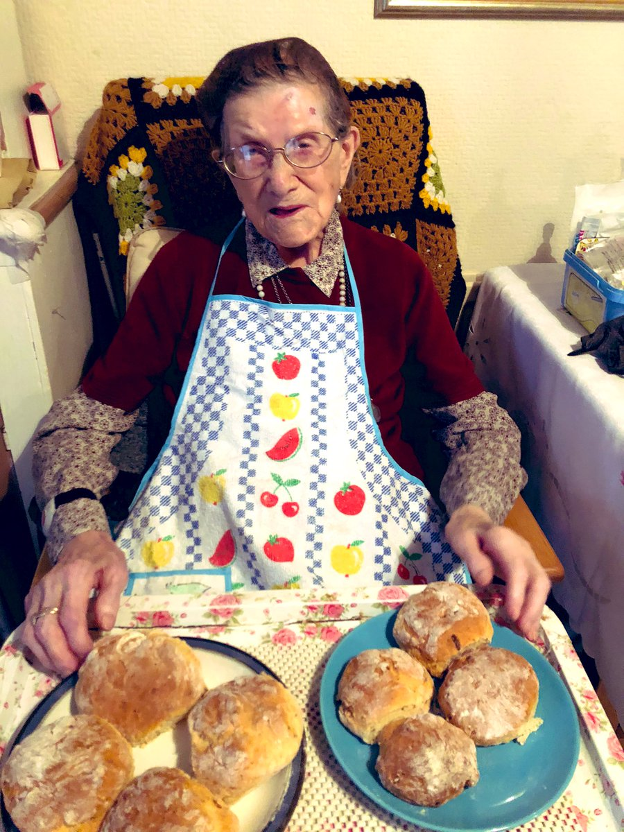 @Holly0910 Me and granny bake when we need a little distraction from the world. Gran will be 107 in just over 3 weeks time 💜 #keeptrying #keepthechinup #keepthefaith https://t.co/wT4UcPx3CH
