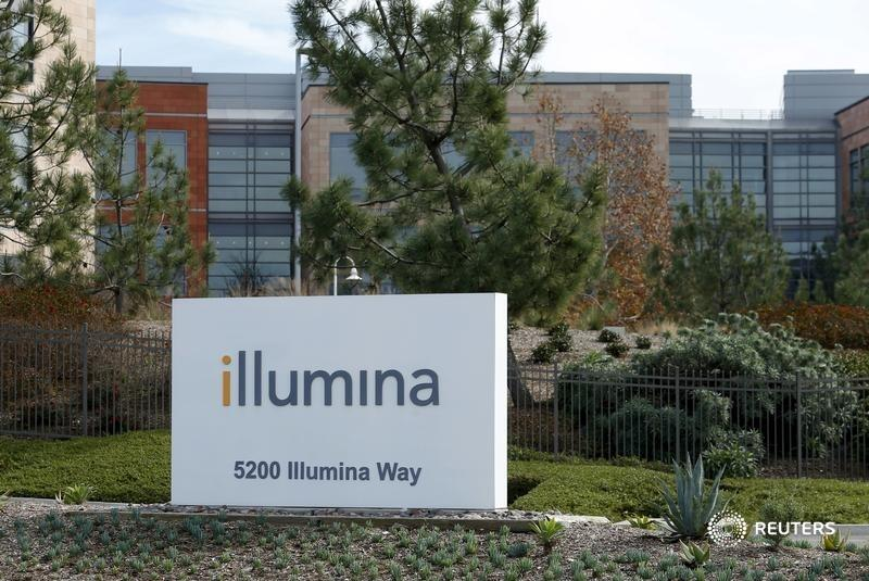 Sequencing company Illumina is buying back cancer testing firm Grail. The startup is a hot property, but it competes with Illumina's customers, writes @rob_cyran. https://t.co/R0pOXBHVdC https://t.co/EQTufyfoh3