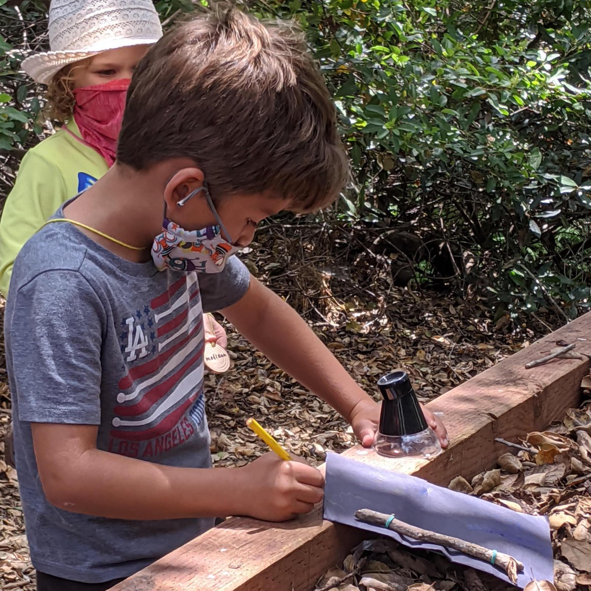 Send your kiddoes to ENC After School Nature Camp! Students in Kindergarten – 5th grade can get outside for fresh air, physical activity, and a chance to hang out socially with their peers. https://t.co/u9ju1brGwr https://t.co/FpVvLJbg7m