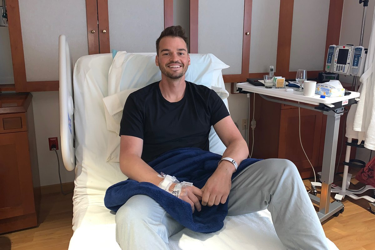 Today is @Orioles first baseman @TreyMancini's last day of chemotherapy after being diagnosed with Stage III colon cancer in March. 🧡🖤  📝: https://t.co/QC9e6hYOmp https://t.co/6PO6gNamcO