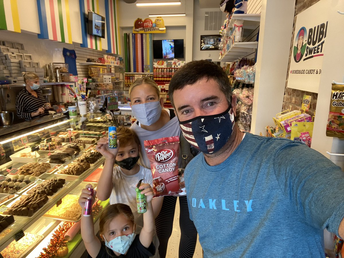 Thankful that @BubbaSweetSpot was not damaged during #HurricaneSally and has already reopened... we definitely had to stop by to be sure though! 🤪🍭🍫🍦 https://t.co/C4IAuGG5Bs