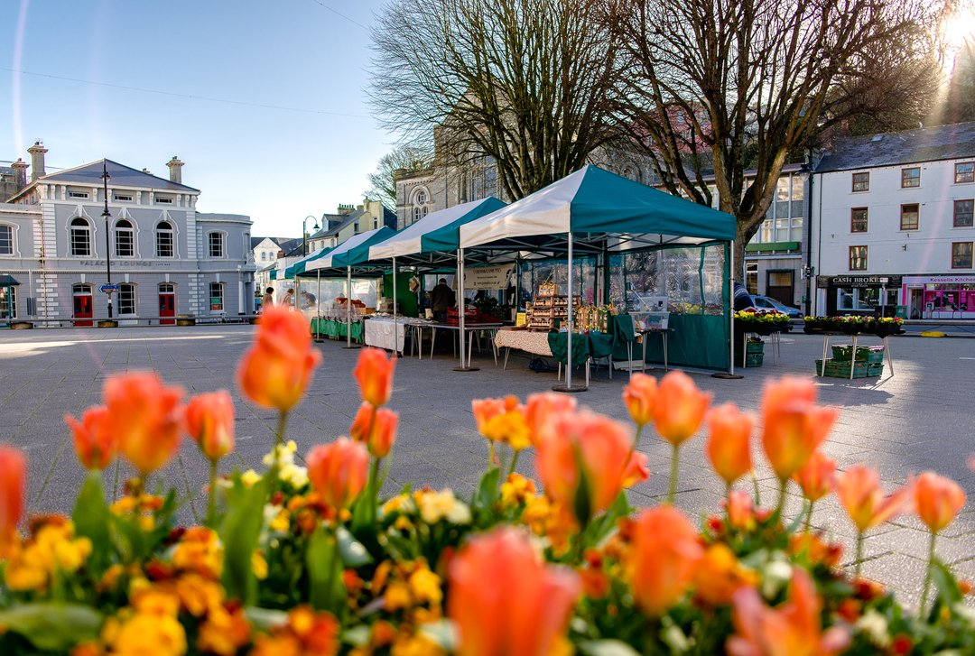 It's our Falmouth market day tomorrow folks and we'll be on the Moor from 9am - 1.30pm! See you there! - #falmouthfarmersmarket #localproduce #loveTFM #marketday #farmersmarket #buylocal #supportlocal #shopoutdoors #outdoormarket #cornwall #falmouth https://t.co/Cm6CGA5Wl2