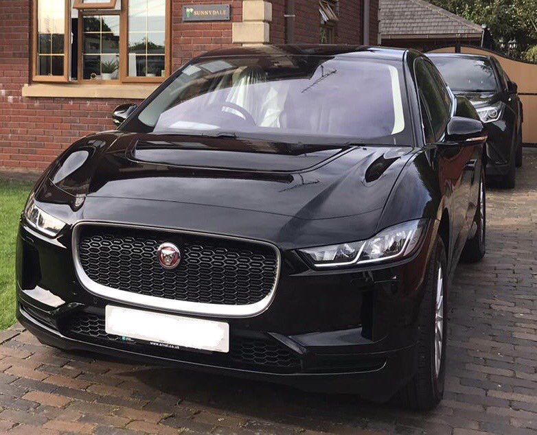 @cturleywast Me too Chris. And the school run was compulsory this morning for my 15 year old.. #ElectricVehicles #iPace https://t.co/ICKziCNU82