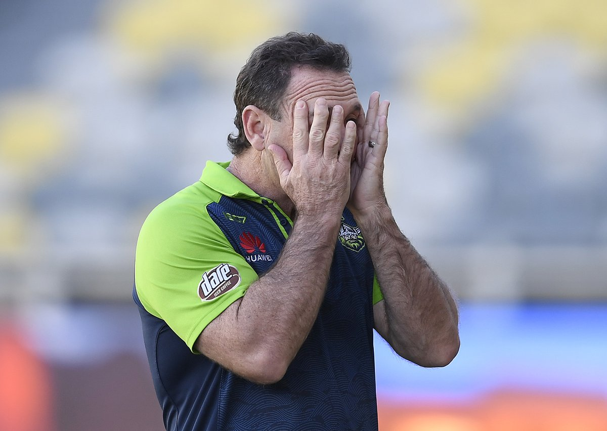 The #NRL goes whack as Sticky cops fine for press conference blow-up 😡  ✍ James Hooper  👉 https://t.co/YHnkTZIySc https://t.co/7SClVV4lrC