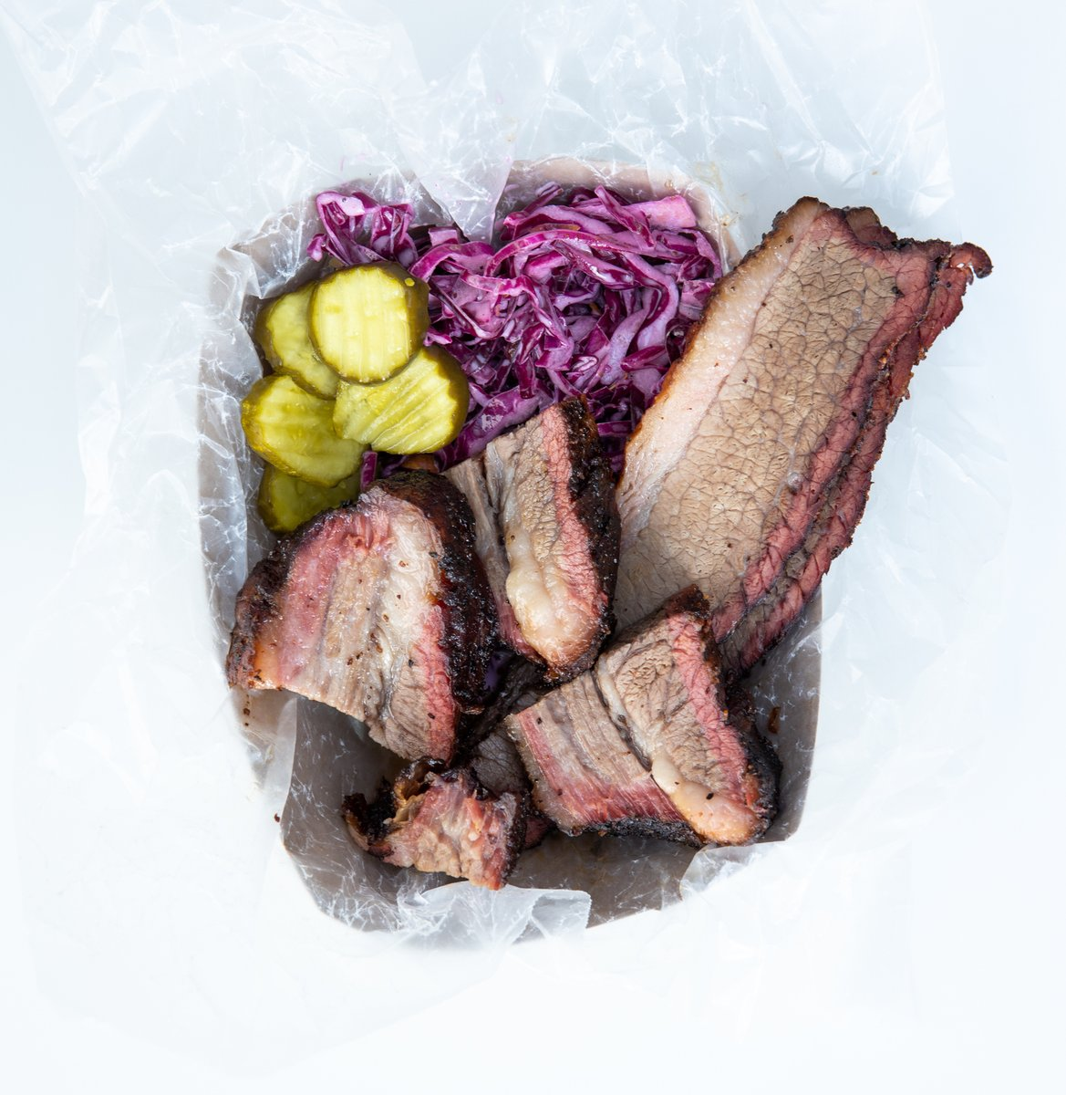 Brisket? Yes please.  #thermoworks #thermapen #smoke #smoker #bbq #smoked #barbecue #bbqlife #bbqfam #food #foodie #lowandslow #eeeeats #grillinfools #bbqpic #meatlife #carnivore #paleo #brisket https://t.co/sniFYkd2Vi