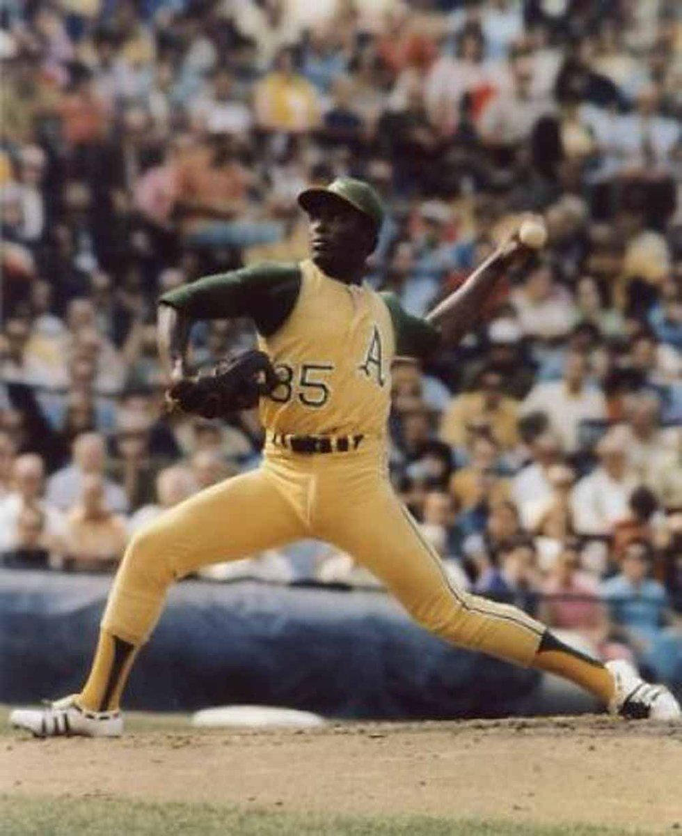 Vida Blue @athletics tossed a no-hitter #OTD in 1970, in just his 8th #MLB start. His encore in 1971: 24 wins, 301 Ks AL-best 1.82 ERA to win AL MVP & AL Cy Young as A's on AL West. @sabr bio https://t.co/rcdALIcy4s https://t.co/EGcTddSiBs