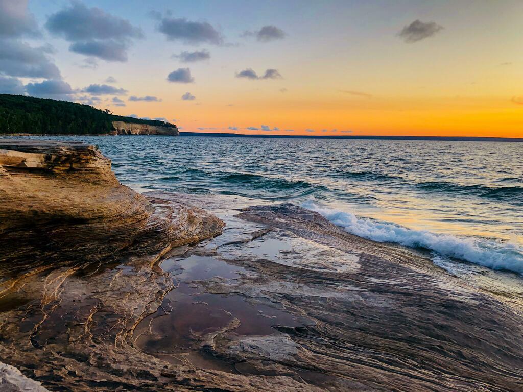 #Lake Superior sunset [4032x3024] [OC] https://t.co/shlKQCoRXu