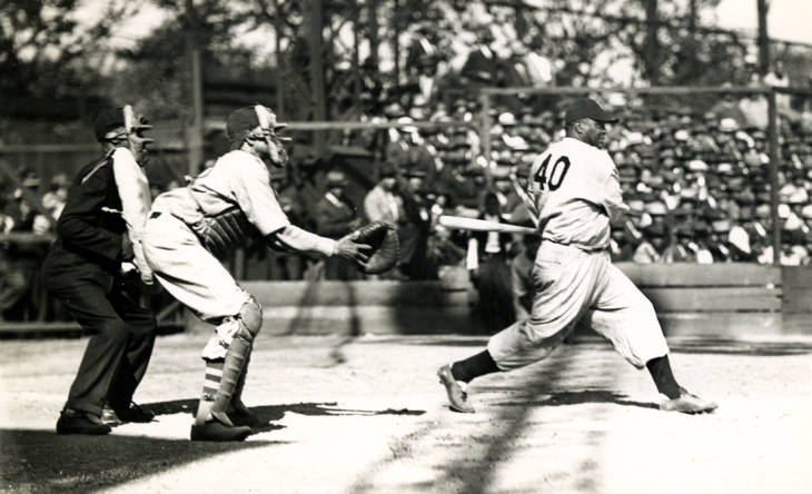 Hall of Famer BIZ MACKEY was 1 of the great catchers of his generation, in a career that lasted almost 30 yrs for Negro League teams, such as Hilldale Giants, Philly Stars & (shown here) Newark Eagles. His @sabr bio https://t.co/0LO1hTmsAU https://t.co/xPoZ5IVXtZ