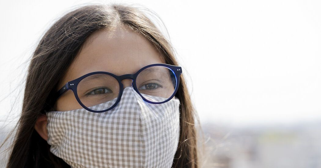 Does Wearing Glasses Protect You From Coronavirus? nyti.ms/2RKrYkv Researchers in China analyzed hospital data of patients with Covid-19 and noticed an odd trend: Very few of the sick patients regularly wore glasses. Keep those glasses on apparently.